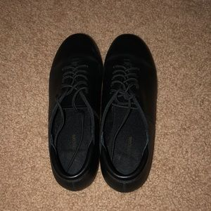 Theatricals Shoes - Theatricals Tap Dance shoes